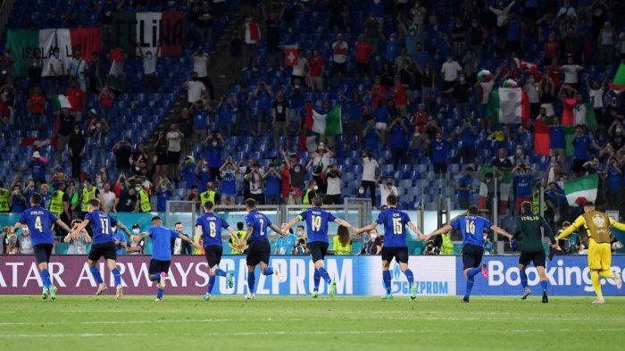 TIMNAS ITALIA Lolos ke Babak 16 Besar EURO2020, Ini Kata Roberto Mancini dan Manuel Locatelli