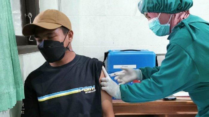 Seluruh Anggota PSIM Yogyakarta Terima Vaksinasi Dosis Pertama