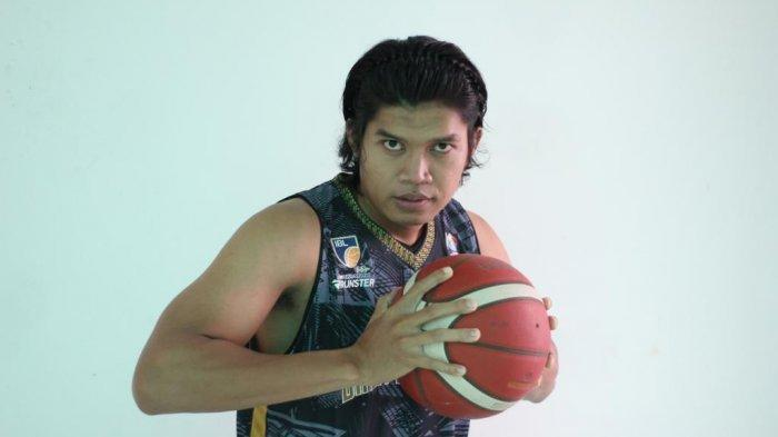 Sempat Diperkirakan Absen Karena Cedera, Ali Mustofa Tampil di Laga Melawan Prawira Bandung