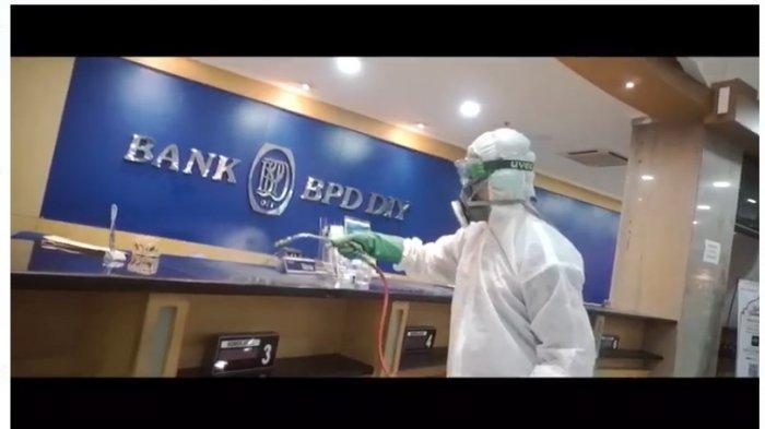 Cegah Wabah Corona, Together We Can, Seluruh Kantor Bank BPD DIY Disemprot Disinfektan