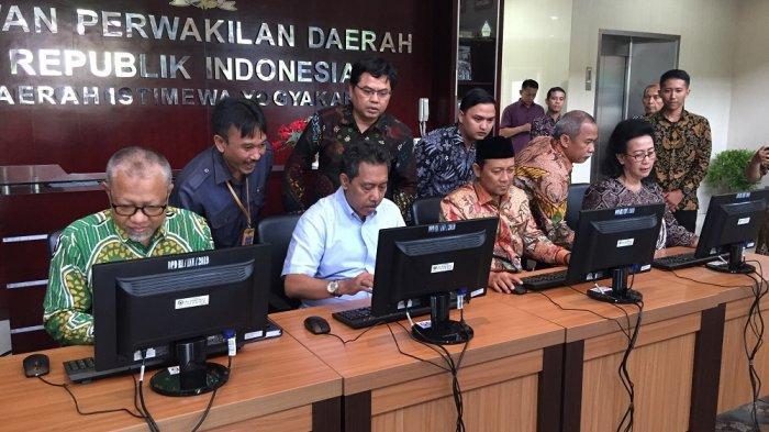 Sensus Penduduk Online di DIY Sepi Peminat, DPD RI Dorong BPS Giatkan Sosialisasi