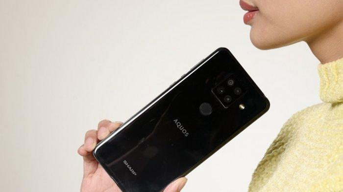 Sharp Luncurkan Smartphone AQUOS Sense4 Plus