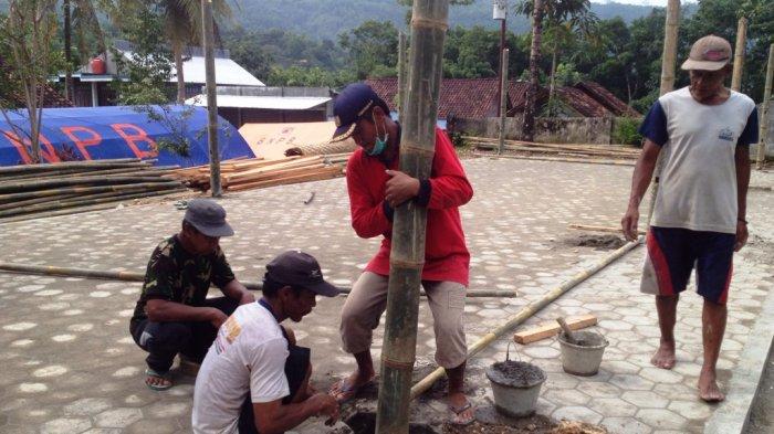 Shelter untuk Sekolah Darurat Mulai Dibangun di Seropan