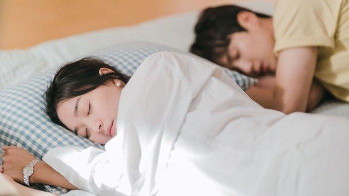 SINOPSIS Drakor Hometown Cha-Cha-Cha Episode 5: Kejadian Malam Itu Hye Jin dan Doo Shik