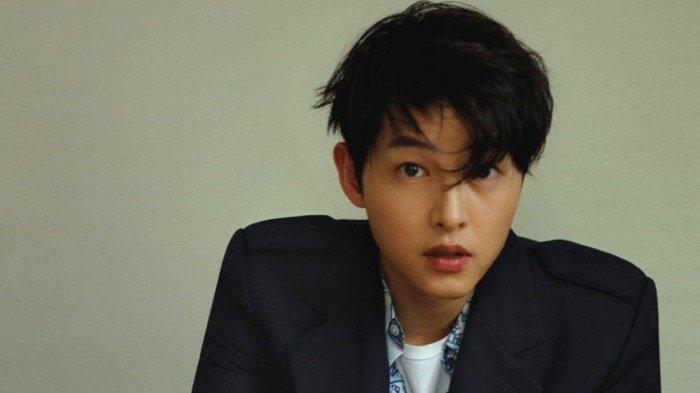 Aktor Song Joong Ki Diprotes Tetangga Karena Pembangunan Rumah di Itaewon Ubah Kontur Jalan