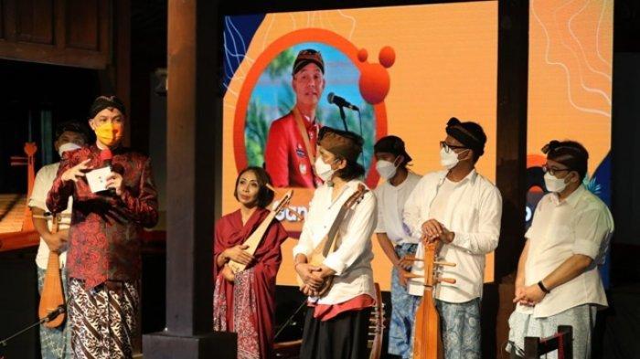 Ganjar Pranowo Takjub pada Alunan Musik Kreasi para Musisi di Sound of Borobudur