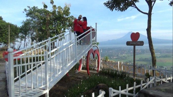 Spot Riyadi, Lokasi Favorit Pemburu Sunset di Timur Yogyakarta