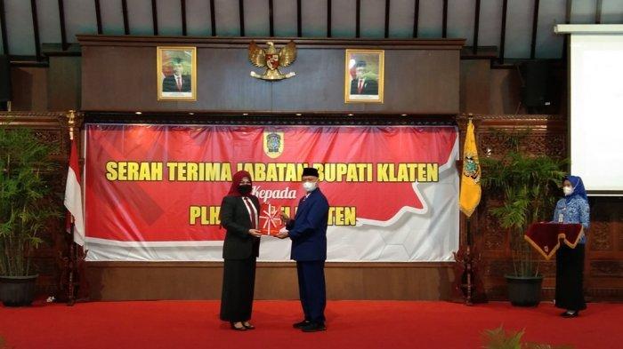 Bupati Klaten Sri Mulyani Serahkan Jabatan ke Plh Bupati Jaka Sawaldi