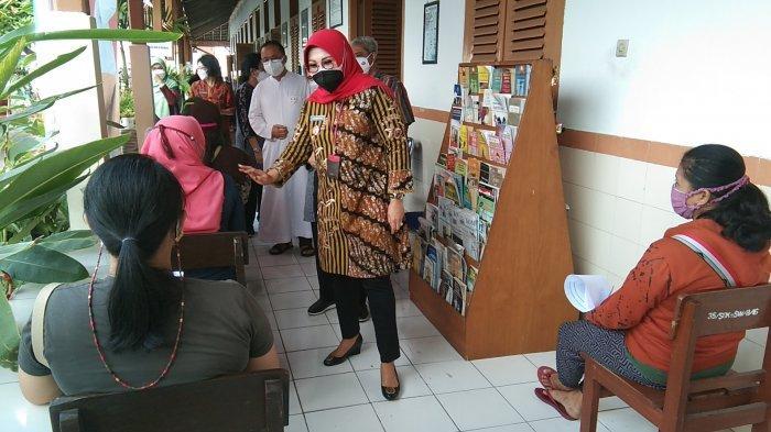 Ribuan Ibu Hamil di Klaten Mulai Divaksin COVID-19, Ini Pesan Bupati Sri Mulyani