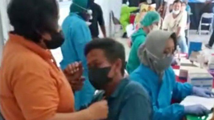Viral Seorang Suami di Klaten Histeris Saat Disuntik Vaksin Covid-19, Pria Tersebut Tuai Apresiasi