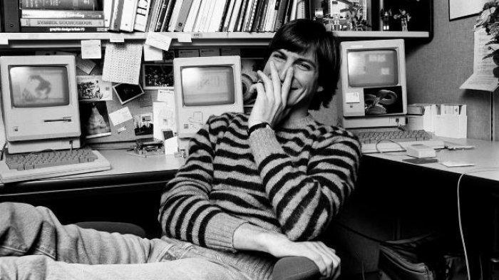 Berminat Beli Surat Lamaran Pekerjaan Tulisan Tangan Pendiri Apple Steve Jobs?
