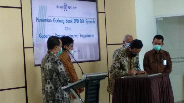 Sri Sultan HB X Resmikan Gedung Baru BPD DIY Syariah diSinduadi Sleman