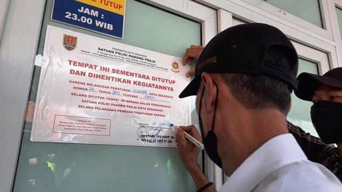 Tak Patuhi Aturan PKM, Satpol PP Semarang Segel Tiga Tempat Karaoke di Sunan Kuning