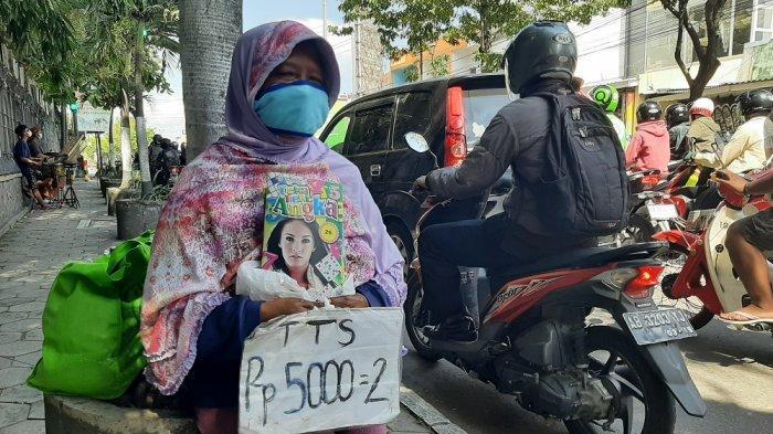Tak Lekang Digempur Digitalisasi, Buku Teka Teki Silang Tetap Laris di Yogyakarta
