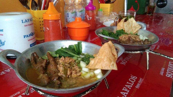 Pedagang di Klaten Suguhkan Mie Ayam di Atas Wajan Mini, Pembeli: Sensasinya Beda