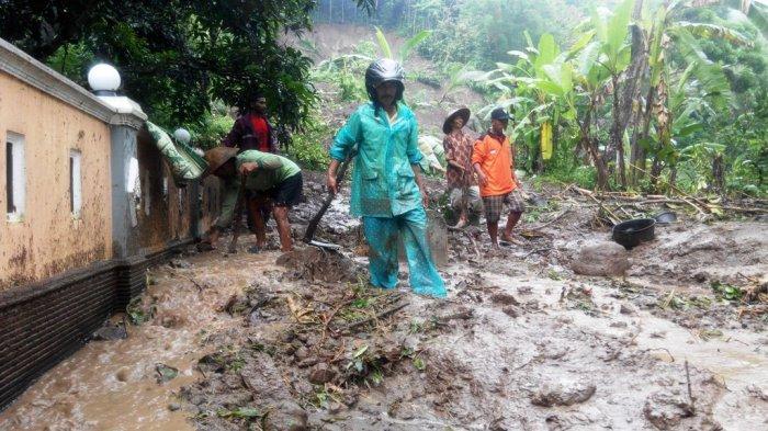 Longsor di Ngoto Kulonprogo, Dua Orang Masih Tertimbun