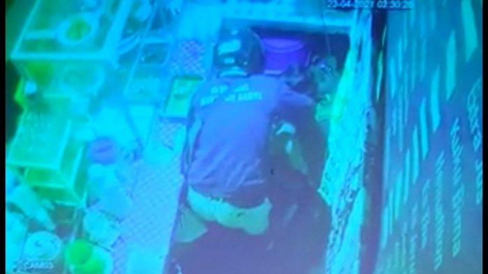 Terekam CCTV, Penjaga Burjo di Sleman Jadi Korban Penodongan