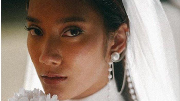 Tara Basro Ungkap Tempat Pernikahan di Wot Batu Memberi Energi Positif