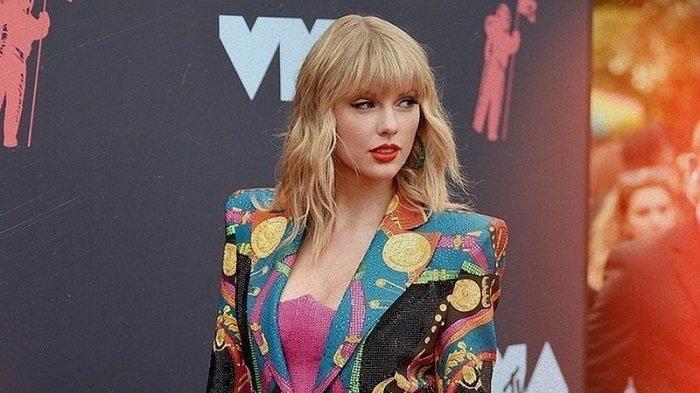 Lirik Lagu Taylor Swift feat Maren Morris 'You All Over Me', Lengkap dengan Terjemahannya