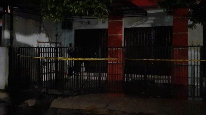 Rumah yang digeledah oleh Densus 88 di Jalan Suryadiningratan, Kampung Kumendaman, Kecamatan Mantrijeron, Kota Yogyakarta, Minggu (4/4/2021).