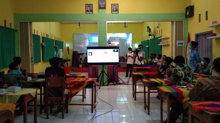 SMKN 1 Jogonalan Lakukan Kunjungan Industri Secara Virtual