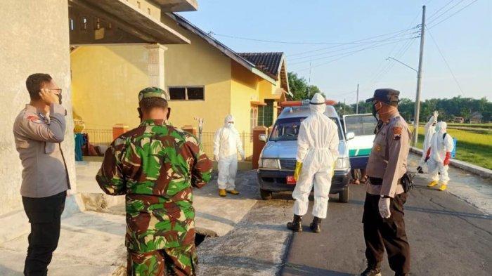 Terpapar Covid-19, 4 Warga Trucuk Klaten Dibawa Polisi ke Tempat Isolasi Terpusat