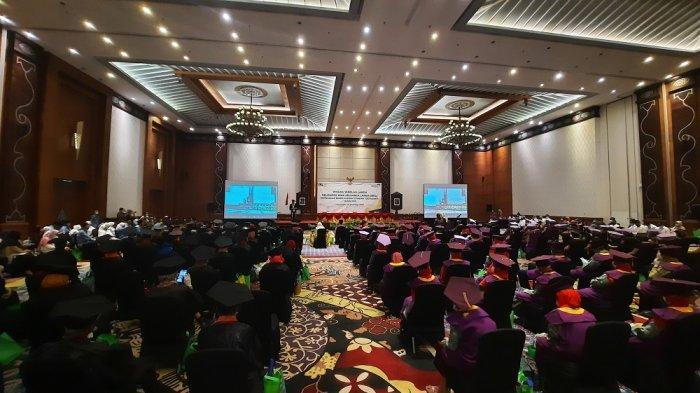 Tetap Produktif di Usia Lanjut, Ratusan Lansia Diwisuda BKKBN DI Yogyakarta