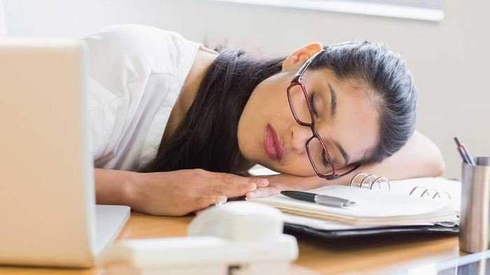 TIPS Atasi Rasa Mengantuk saat Bekerja Selama Bulan Ramadhan