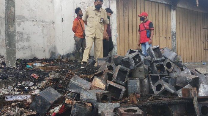 Tiga Kios di Pasar Kaponan Magelang Ludes Dilalap Si Jago Merah, Pemilik Syok