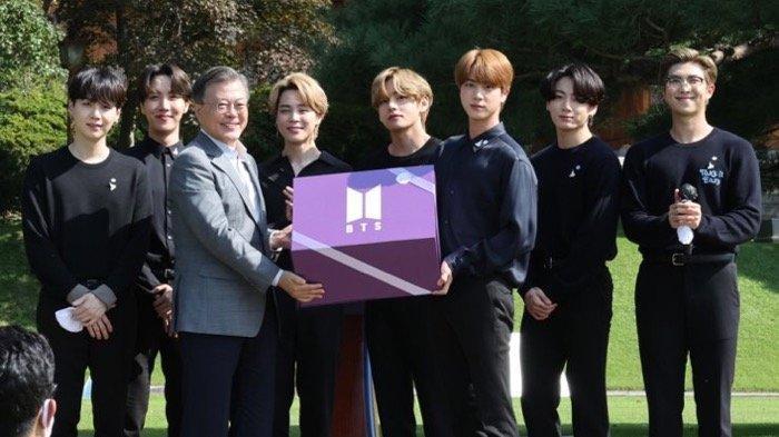BTS Hadiahkan 'Time Capsule' untuk Peringati 'Youth Day'