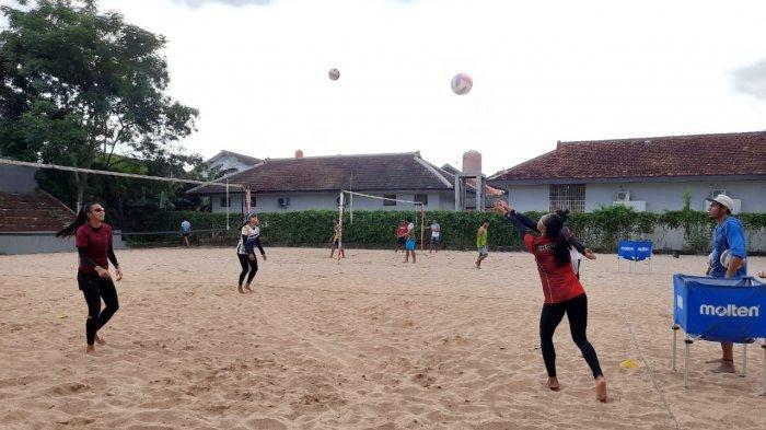 Atlet dan Pelatih Voli Pantai DIY Jalani Try Out di Bali Bersama Tim PPLM Indonesia