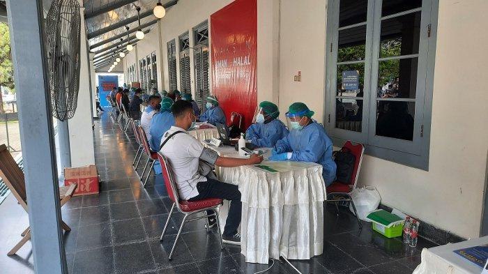 Ratusan Orang Mangkir dari Jadwal Vaksinasi Covid-19 Massal Dosis Kedua di Kawasan Malioboro