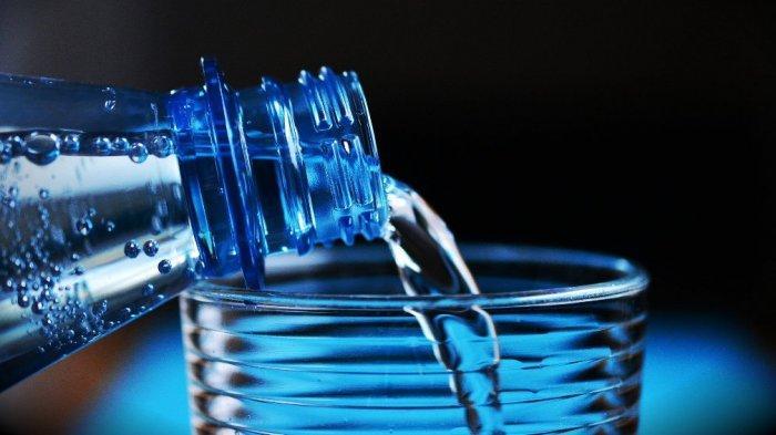Tips Mencegah Dehidrasi Selama Berpuasa