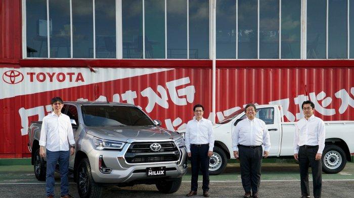 Toyota Rilis New Hilux untuk Perkuat Mobilitas Komersial di New Normal