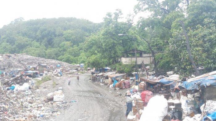 BREAKING NEWS: TPST Piyungan Penuh, Warga Blokir Akses Masuk, Antrean Truk Sampah Hingga 1 KM
