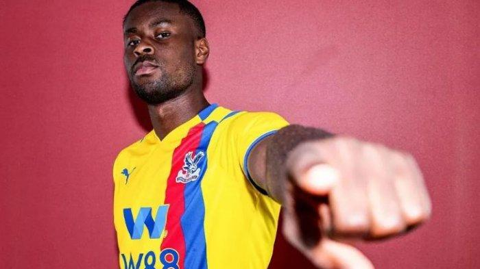 Crystal Palace telah menyelesaikan penandatanganan bek Marc Guehi dari Chelsea