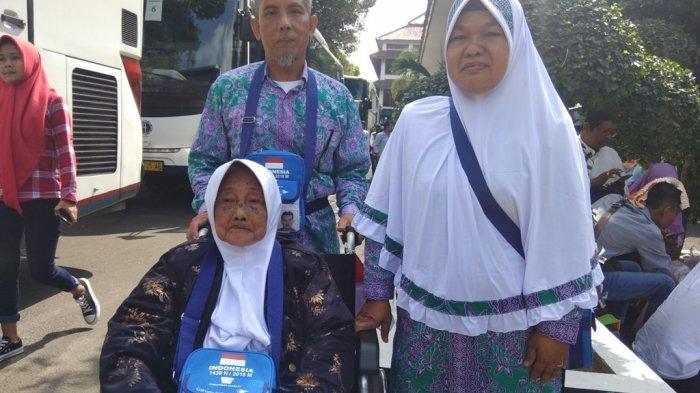 Tunggu 7 Tahun untuk Naik Haji, Nenek 84 Tahun dari Bantul Ini Tak Bisa Sembunyikan Kebahagiaannya