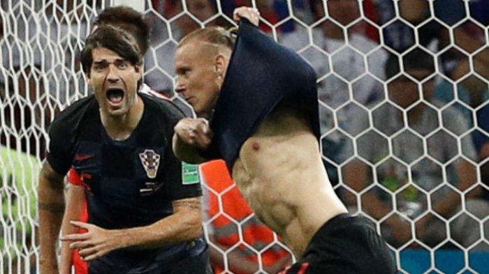 Ucapkan Slogan Anti Rusia, FIFA Selidiki Pesan Berbau Politik Bek Kroasia Ini