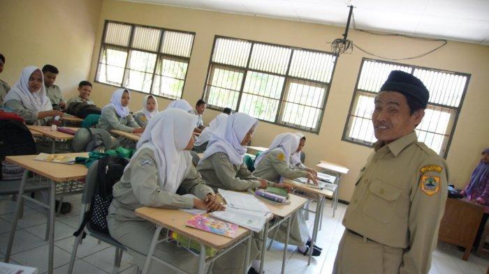Sekolah Tatap Muka PAUD, SD, SMP di Kabupaten Magelang Ditunda