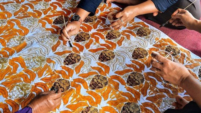 Upaya Menyelamatkan Batik Topeng Khas Putat Gunungkidul dari Dampak Pandemi