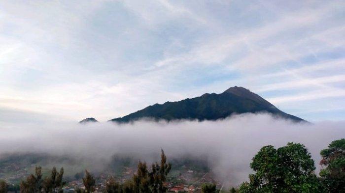Update Gunung Merapi 13 Oktober 2021, Guguran Lava Pijar Meluncur 1 Kali Pagi Ini