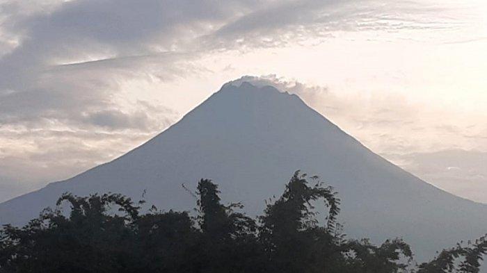 UPDATE Gunung Merapi Pagi Ini Jumat 19 Maret 2021, Guguran Lava Teramati 20 Kali