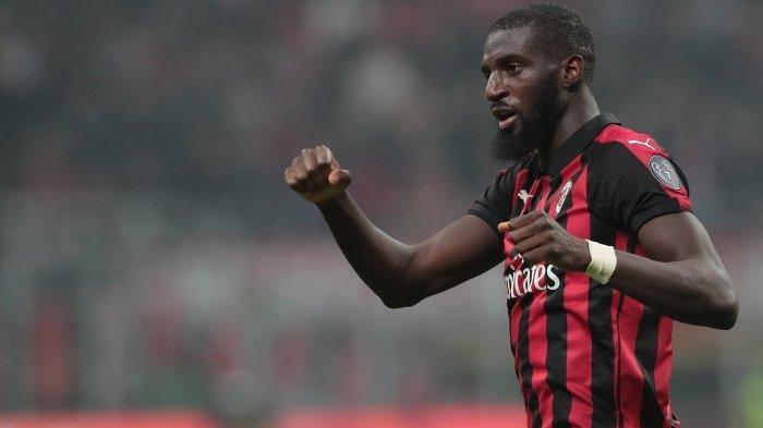 Update Transfer AC Milan: Bakayoko Akan Gantikan Peran Franck Kessie, Striker 20 Tahun Tes Medis