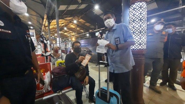 Wajib Rapid Test Antigen, Pengguna Jasa Kereta Api Menuju Yogyakarta Tetap Meningkat
