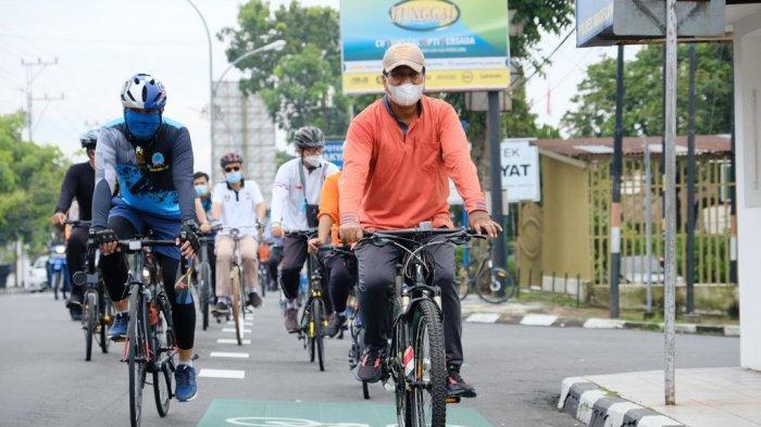 Gowes Keliling Kota Magelang, Wali Kota Sigit Pantau Pelaksanaan PPKM