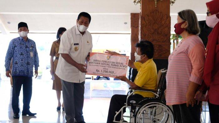 Sebanyak 1.965 KK Terima Jaring Pengaman Sosial Covid-19 dari Pemkot Magelang