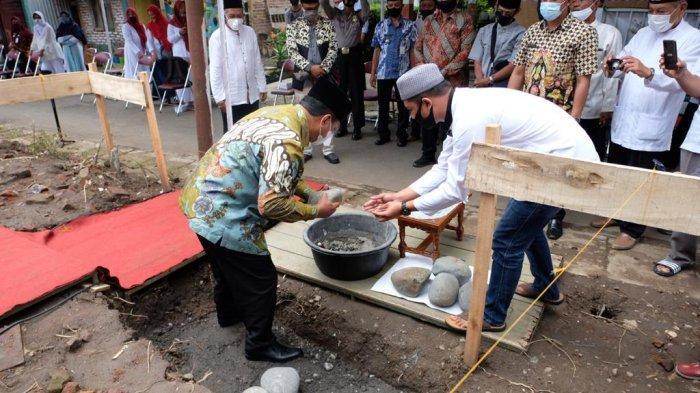 Sukapti Wakafkan Tanah 359 Meter Pesegi, Warga Kampung Menowo Bakal Punya Masjid Sendiri