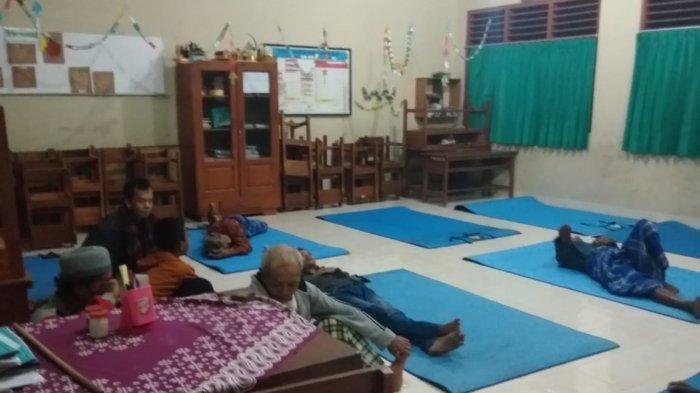 69 Warga Klepu Banjararum Kalibawang Mengungsi setelah Sirine EWS Menyala