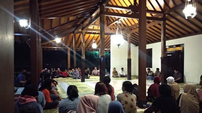 Warga Warak Kidul Gelar Doa Bersama dan Galang Dana untuk Korban Susur Sungai Sempor