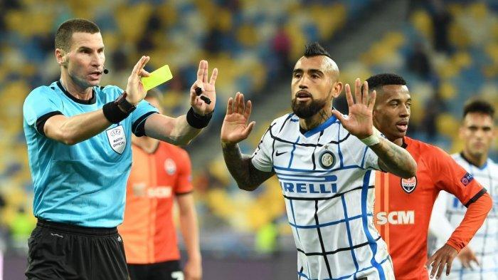 Jam Tayang Liga Champions Madrid vs Inter, Vidal: Seolah Saya Pemain Barca
